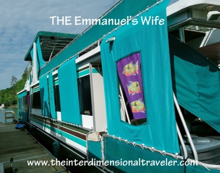 the-emmanuels-wife-houseboat-norris-lake-tennessee